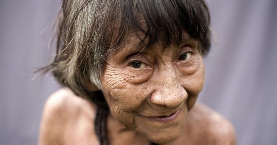 Acredita-se que Amerintxia é a mais velha dos Awá, do Maranhão, mas ela ainda coleta sua própria comida e vive sozinha em um abrigo feito de folhas