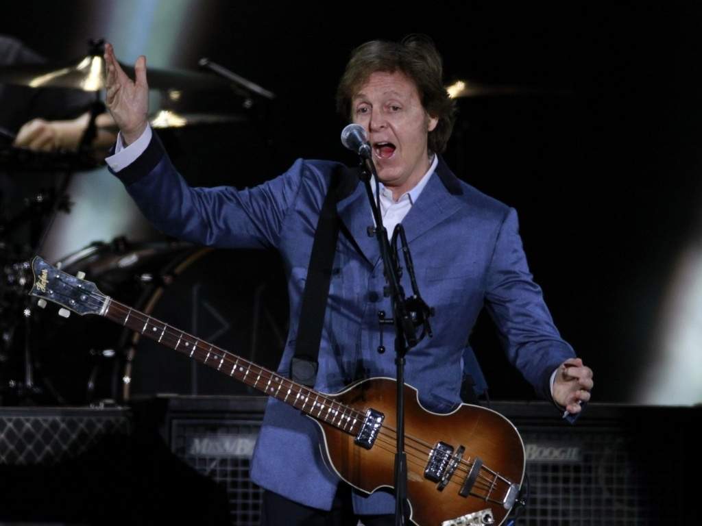 Paul McCartney faz show em Florianpolis