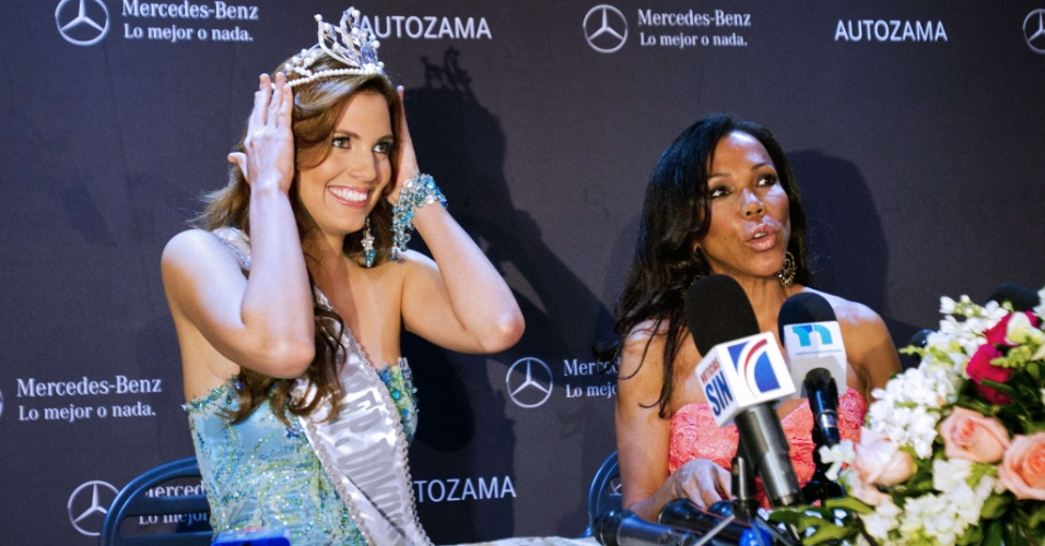 Dulcita Lieggi é coroada Miss República Dominicana, em Santo Domingo