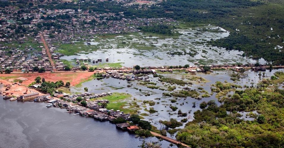 Greenpeace sobrevooa canteiros das obras de Belo Monte - 10