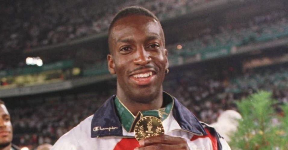 Michael Johnson, velocista norte-americano e ganhador de quatro medalhas de ouro em Olimpíadas