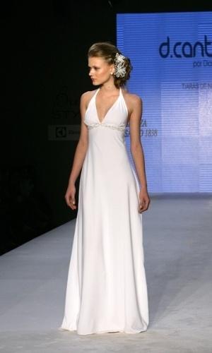 Modelos usam acessórios de Diana Cantidio em desfile para o Bride Style 2012 (25.04.2012)