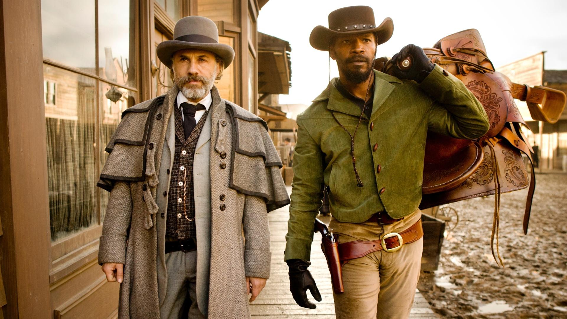 O caçador de recompensas alemão dr. King Schultz (Christoph Waltz) e o escravo Django (Jamie Foxx) em cena de