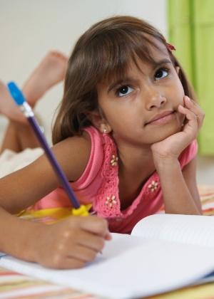 Pesquisa diz que nada substitui aprendizado de escrita à mão