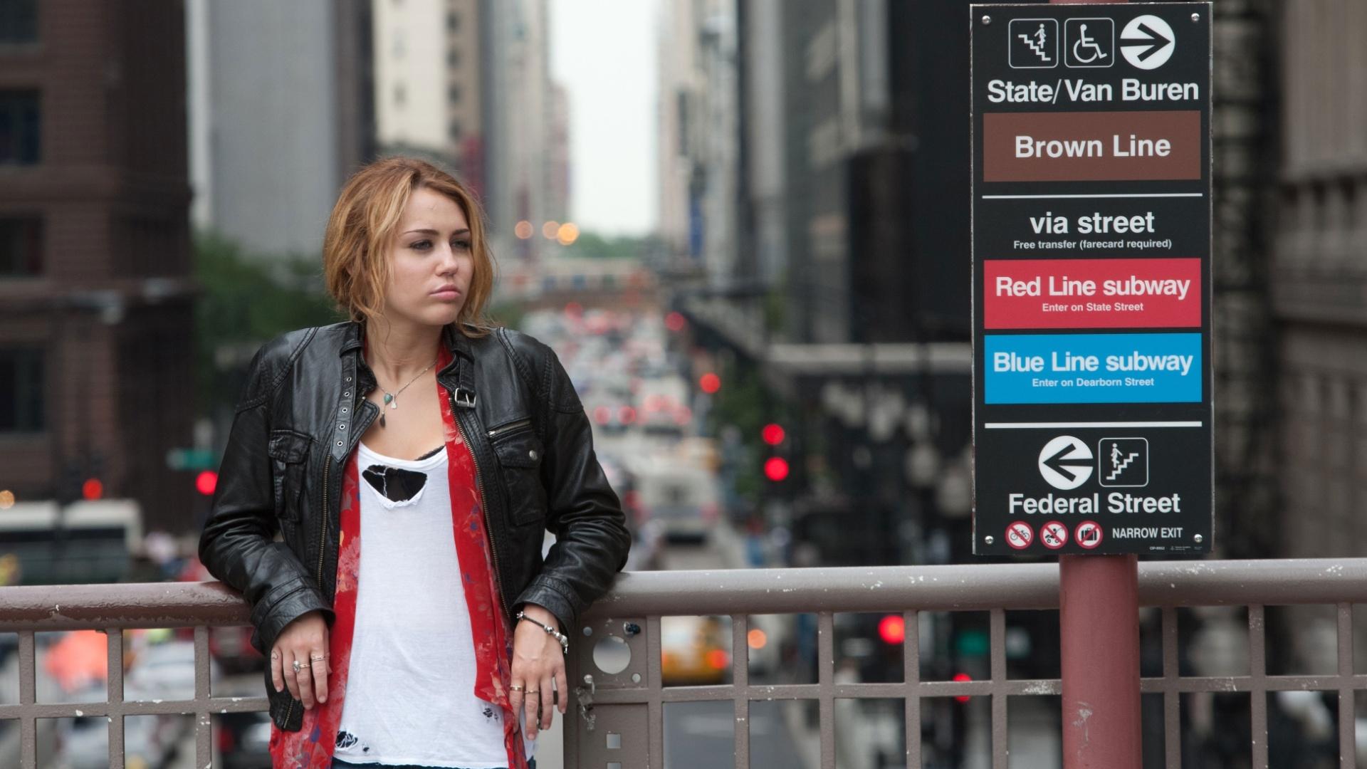 Miley Cyrus em cena do filme