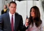 William e Catherine comemoram o primeiro aniversário de casamento com os amigos - Gareth Cattermole/Getty Images