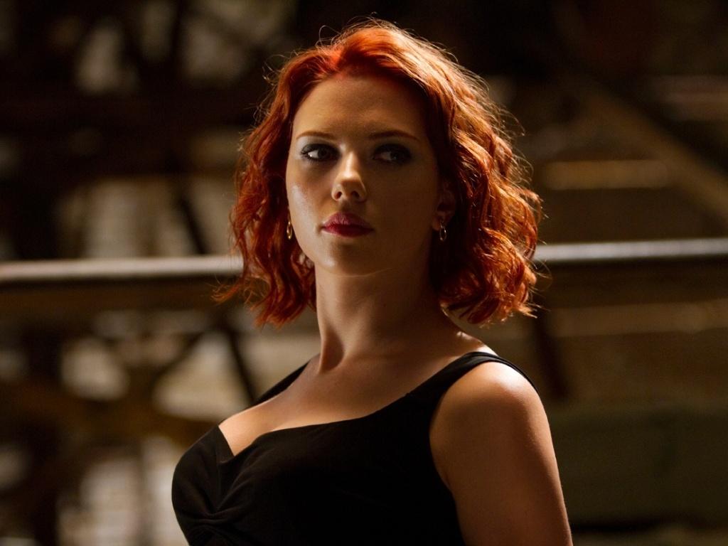 Scarlett Johannson como a Viúva Negra de