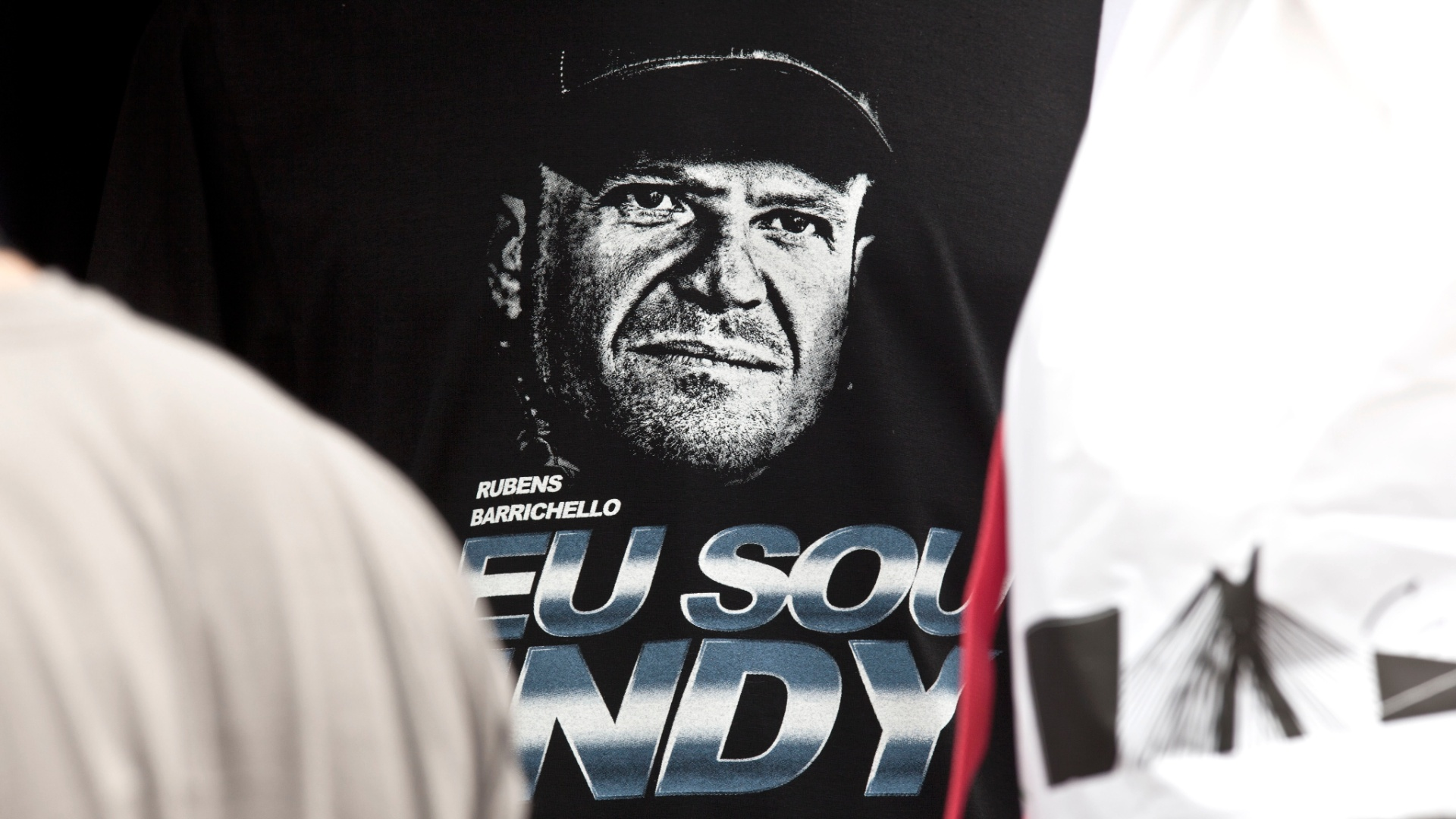 Camiseta de Rubens Barrichello vendida no Anhembi