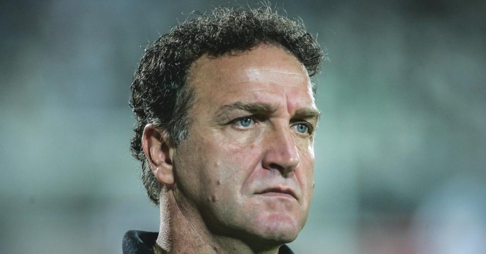 Técnico Cuca durante vitória do Atlético-MG sobre o Tupi por 1 a 0 (28/4/2012)
