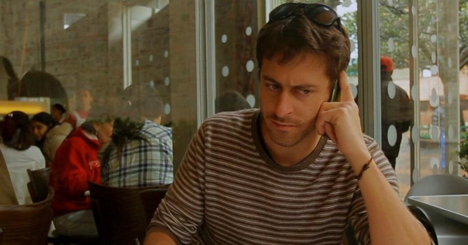 O jornalista francês Roméo Langlois em foto distribuída pela rede de TV France 24; Langlois desapareceu durante combates entre as Farc e forças militares na Colômbia
