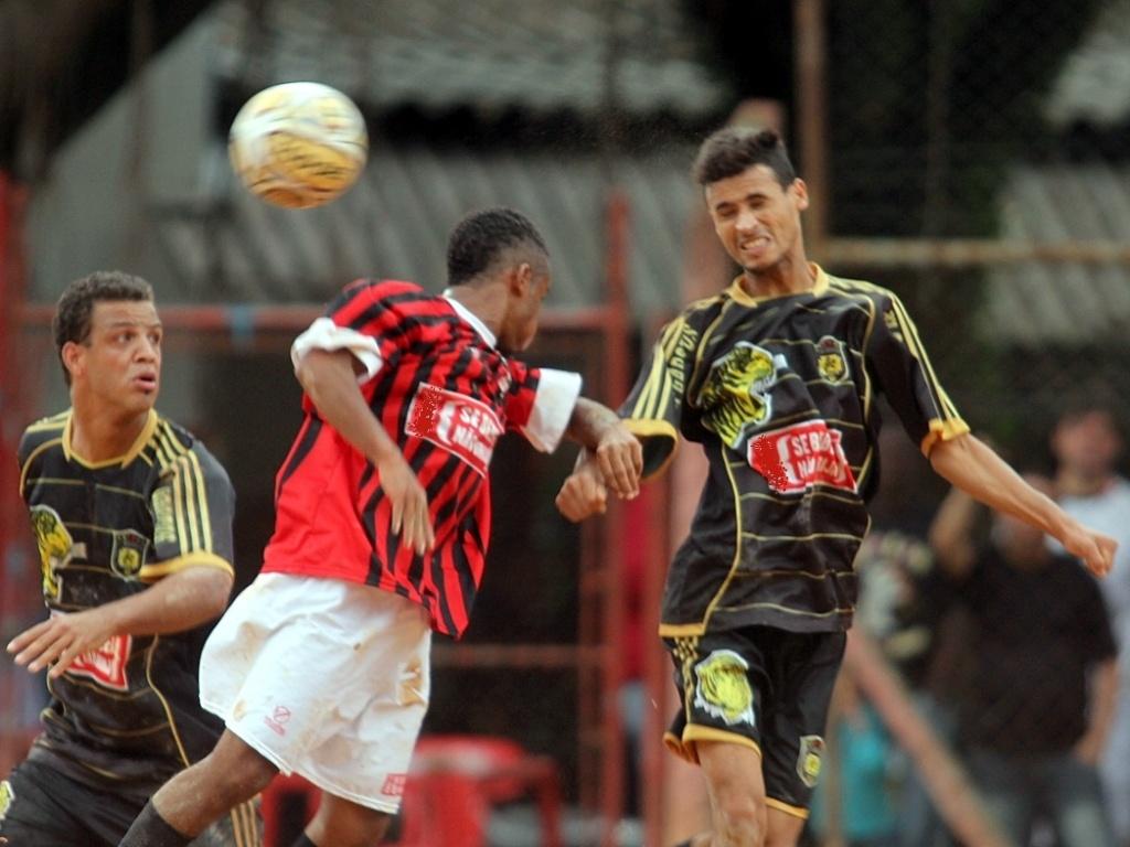 No complemento da terceira rodada, o Raízes FS venceu o XI Garotos por 4 a 1