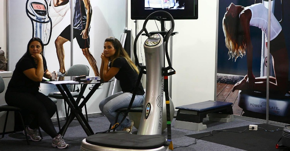 Plataforma vibrat&#243;ria na Expo Fitness Brasil 2012