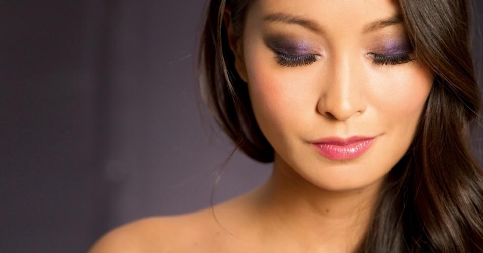 023 Passo a passo Oriental; maquiagem para a noite; roxo preto esfumado