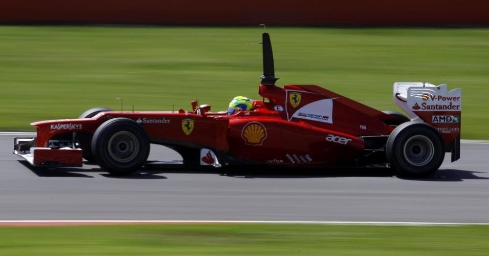 Felipe Massa acelera nos testes em Mugello. Pela manhã, o brasileiro foi terceiro, com Grosjean na liderança; no fim do dia, ficou em quinto