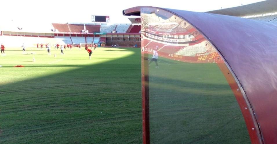 Novo reservado do time visitante ficará atrás de um dos gols do Beira-Rio (02/05/12)