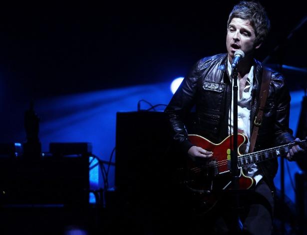 O músico inglês Noel Gallagher faz show em São Paulo, no Espaço das Américas (2/5/12)