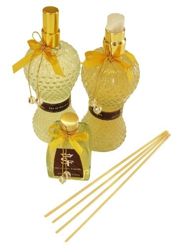 O conjunto de aromatizador de ambiente, difusor de vareta e sabonete líquido na Secrets de Famille (www.secretsdefamille.com.br) por R$ 294