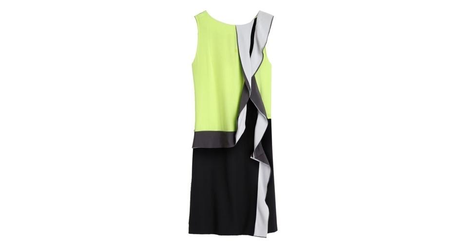 Vestido colorido sem manga; R$ 1.260, na Diane Von Furstenberg