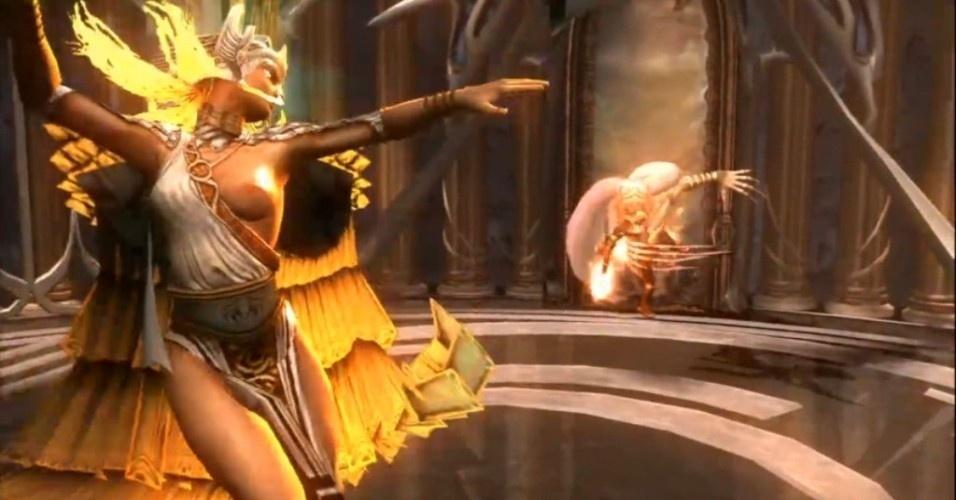 A primeira das Moiras a enfrentar Kratos foi Láquesis