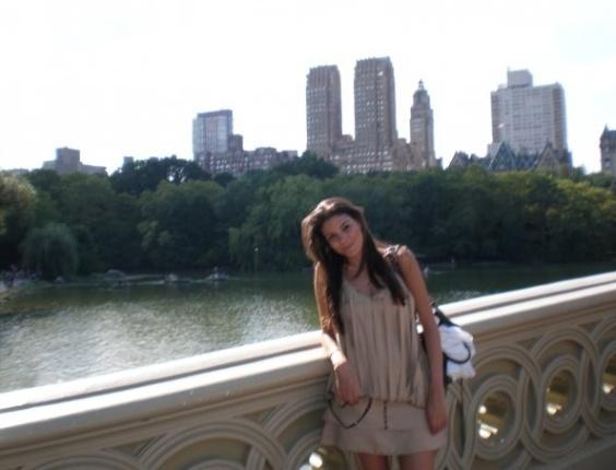 A administradora Flávia Azevedo, 28, estudou inglês por seis semanas na escola Kaplan, em Nova York, para se preparar para o exame do TOEFL (teste de inglês como uma língua estrangeira, tradução livre para Test of English as a Foreign Language)