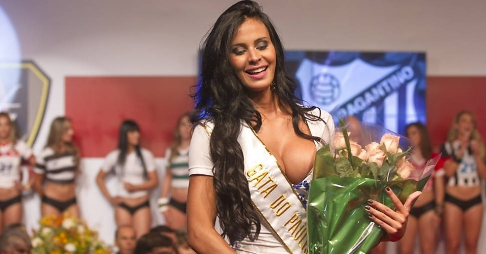 Lorena Bueri, do Bragantino, a vencedora do concurso Gatas do Paulist&#227;o 2012