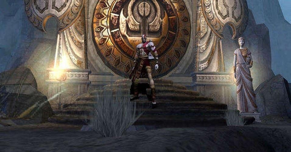 Mesmo derrotando Ares, Kratos não se livra de seus pesadelos. Sem esperança, tenta o suicídio, mas Atena tem outros planos: torna o outrora mortal espartano no novo deus da guerra