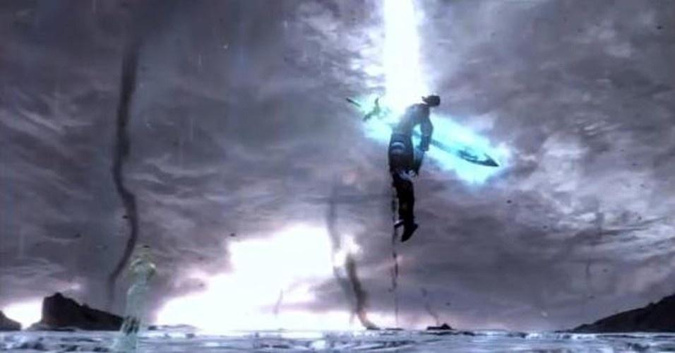 No fim, Kratos se sacrifica para por fim à história de sangue e espalhar a esperança pelo mundo - esse é o poder que o espartano passou a ter quando abriu a Caixa de Pandora pela primeira vez, antes da luta contra Ares. Assim, aparentemente, termina a saga de Kratos