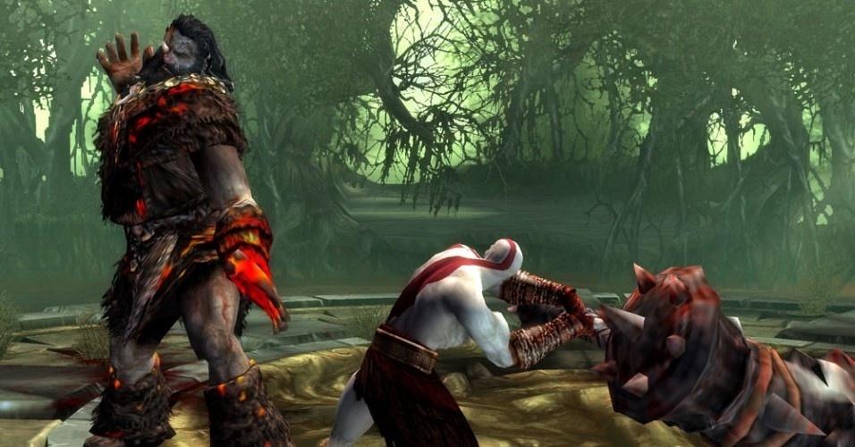 O rei bárbaro volta a atormentar Kratos como um morto-vivo, mas o espartano mais uma vez derrota o gigante