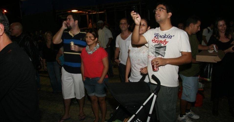 Público assiste ao show de Michael Sullivan na abertura do Viradão Carioca, no Rio de Janeiro (4/5/2012). De acordo com a Polícia Militar