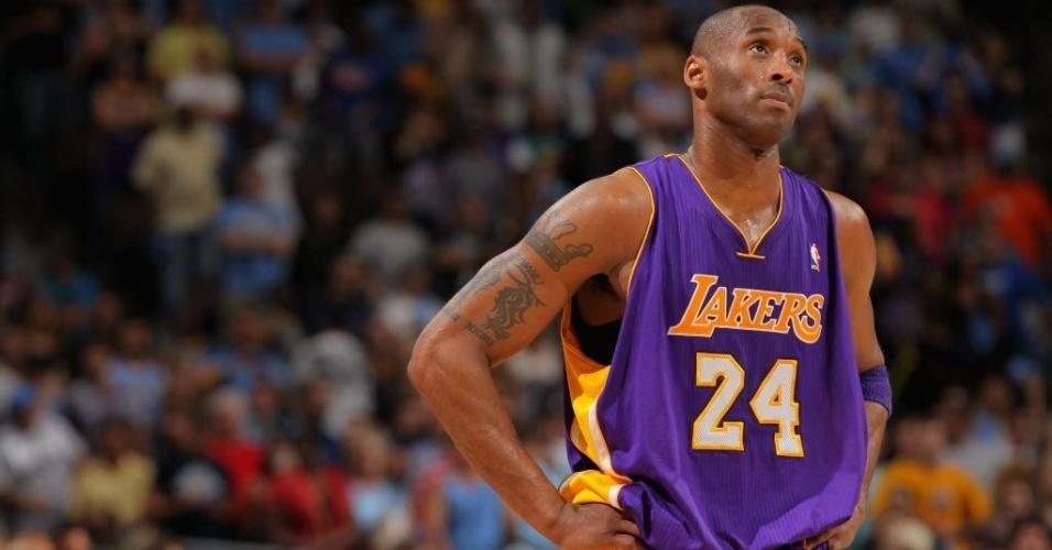 Kobe Bryant lamenta em jogo de muitos erros e derrota para o Denver Nuggets; Lakers ainda mantém a dianteira nos playoffs, por 2 a 1