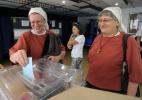 Colégios eleitorais abrem na França para votação de 45, 5 milhões de eleitores - Jay Directo/AFP