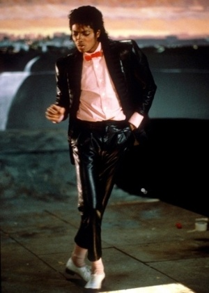 O cantor Michael Jackson, que teve músicas inéditas roubadas por hackers da Inglaterra