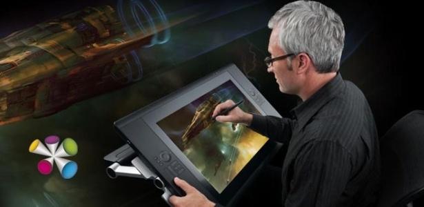 Telas digitalizadoras: equivalente eletrônico de uma caneta, um lápis ou um pincel aplicado sobre papel, de forma que artistas, animadores e arquitetos possam desenhar ou pintar