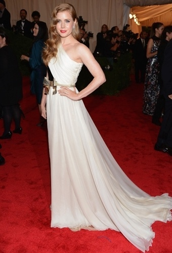 Amy Adams no baile de gala do MET 2012 (07/05/20120