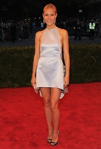 Gwyneth Paltrow no baile de gala do MET 2012 (07/05/20120