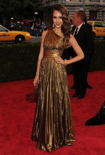 Jessica Alba no baile de gala do MET 2012 (07/05/20120