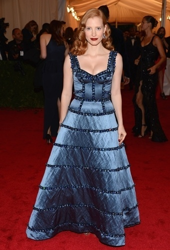 Jessica Chastain no baile de gala do MET 2012 (07/05/20120