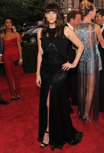 Liv Tyler no baile de gala do MET 2012 (07/05/20120