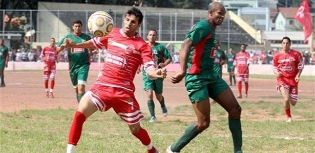 O Associação Iguape (verde) está invicto na competição