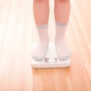 Um terço das crianças de 5 a 9 anos está acima do peso, segundo dados do IBGE