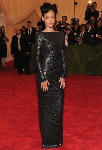 Rihanna no baile de gala do MET 2012 (07/05/20120