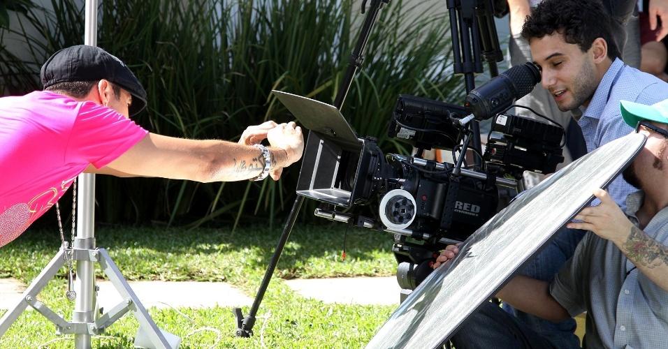"""Latino grava clipe da canção """"In Love"""" no Rio (10/5/12). O vídeo tem direção de Rafael Almeida"""