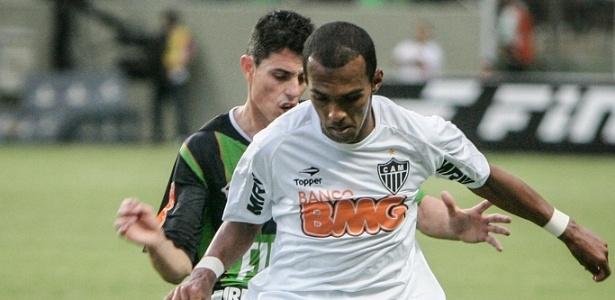 Richarlyson durante o empate do Atlético-MG com o América-MG por 1 a 1 (6/5/2012)
