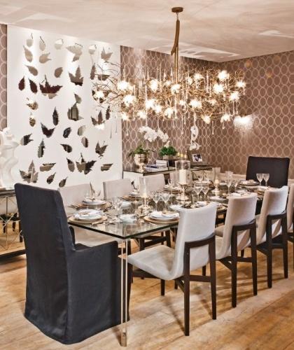 Sala de jantar com inspiração nas formas geométricas de Márcia Brunello - Mostra Artefacto 2012