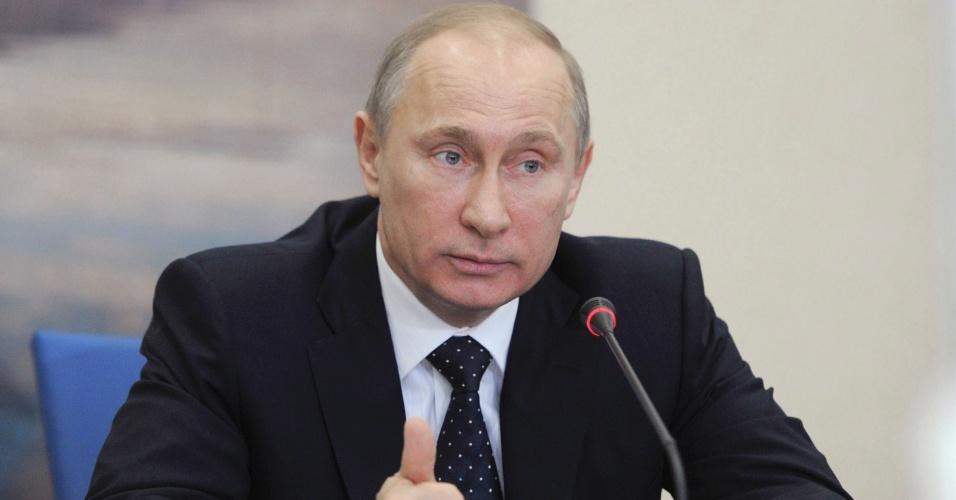 11.mai.2012 - O presidente russo, Vladimir Putin, participa de reunião sobre os preparativos para os Jogos Olímpicos de Inverno de 2014, que serão realizados em Sochi, na Rússia