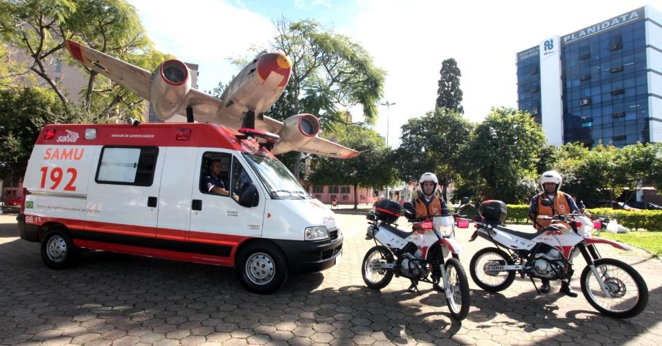 11.mai.2012 - Prefeitura de Canoas, na região metropolitana de Porto Alegre (RS), passa a usar motocicletas para prestar socorro a vítimas de acidentes na BR-116, para diminuir tempo de espera de atendimento