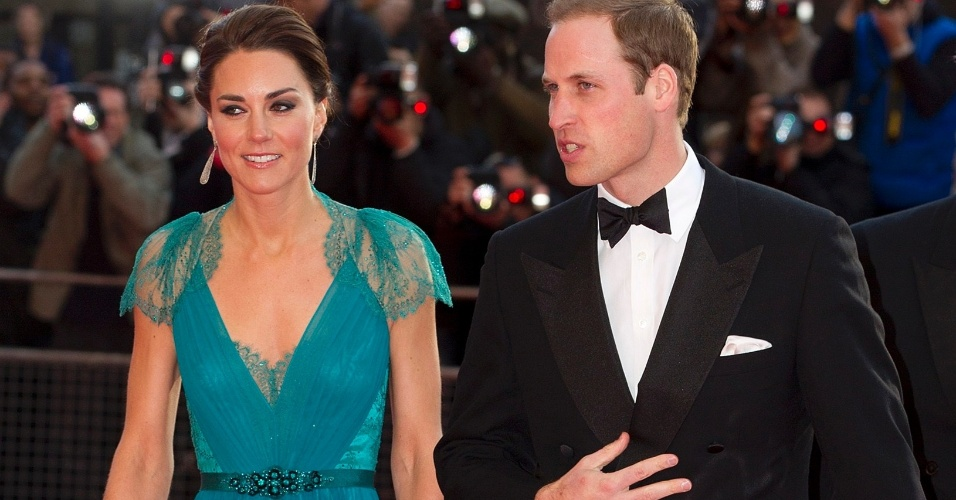 11.mai.2012 - Príncipe William e a duquesa de Cambridge Kate Middleton participam de evento que marca a contagem regressiva para os Jogos Olímpicos de Londres no Royal Albert Hall, no centro da capital inglesa