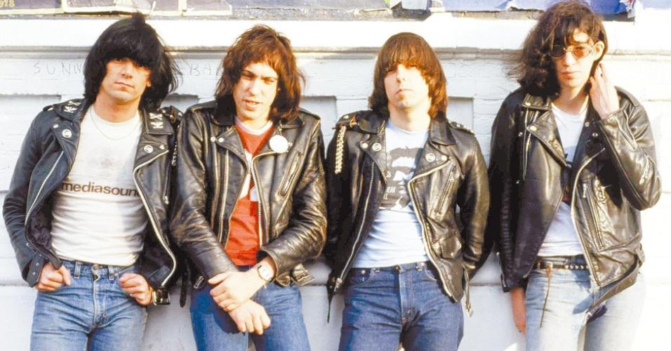 "A banda punk Ramones só queria diversão com seu ""Colégio Rock 'n' Roll"""