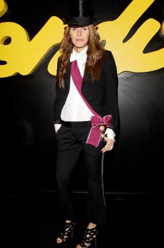 Anna Dello Russo desfile da Fendi na semana de moda de Milão (17/01/2011)