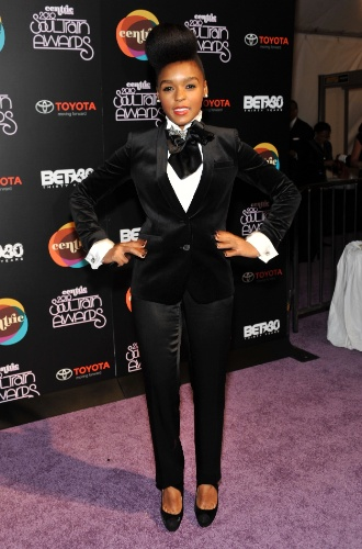 Janelle Monae Soul Train Awards (10/11/2010)